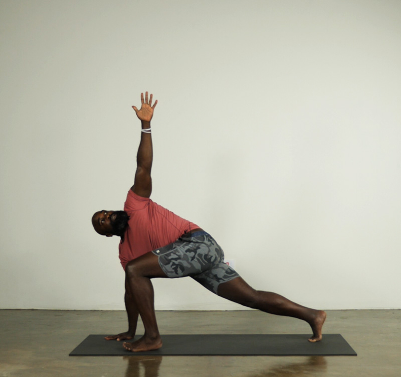 Twisting Low Lunge