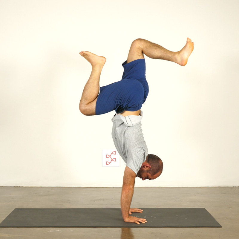 Handstand Journey: Pressing and Leg Variations